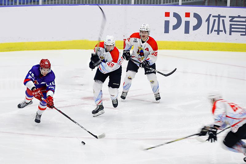 冰球比赛_38I3512.jpg